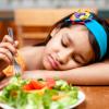 Vì sao nên bổ sung men vi sinh cho trẻ biếng ăn?