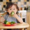 Trẻ ăn nhiều rau vẫn bị táo bón?
