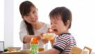 Trẻ biếng ăn, chậm lớn - Tất cả là lỗi tại mẹ!